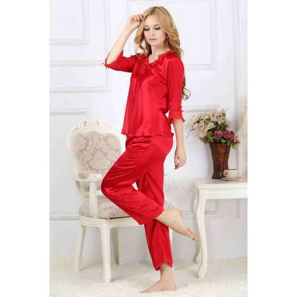 Hot V-neck Champagne Silk Pajamas for Women